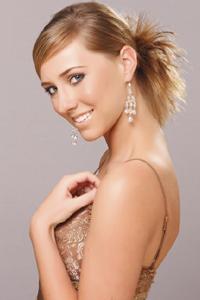 Прически на средние волосы своими руками: 6 вариантов на выбор