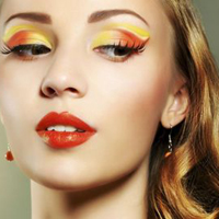 Цвет в макияже – равносилен аксессуару