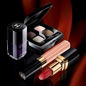 Весенняя коллекция косметики Chanel