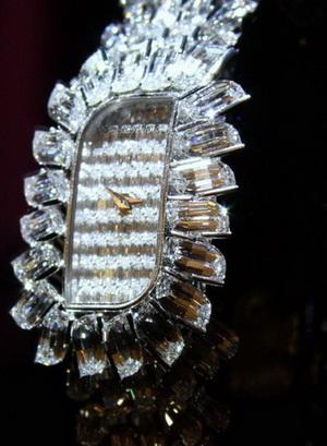 Часы как произведение искусства: Lady Kalla Flame от Vacheron Constantin