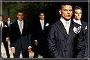 Мужская мода: от небрежности к изысканности