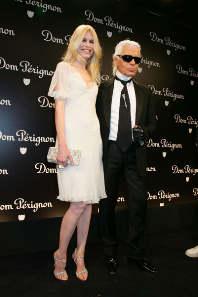 Клаудиа Шиффер и Карл Лагерфельд представили шампанское Dom Perignon