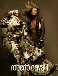 Одежда от итальянских дизайнеров станет дороже в 2008