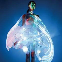 Платье-хамелеон, отражающее настроение женщины - изобретение для мужчин