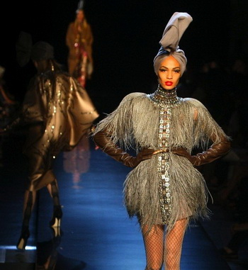 Парижские дефиле Haute Couture: близок ли закат империи?