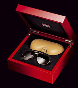 Эксклюзивная коллекция солнцезащитных очков 60-х от Ferrari