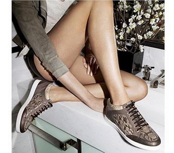 Элегантные кроссовки от Jimmy Choo