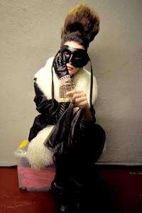 Мода увлеклась масками