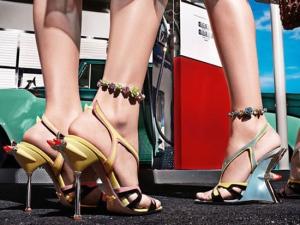 Обувная коллекция Prada в стиле Cadillac 50-х годов