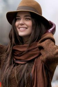 Цвет какао в одежде: элегантность и нежность