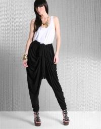 Шаровары - восточная мода на европейских подиумах