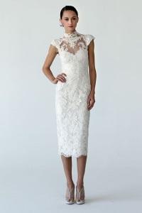 Короткое свадебное платье футлярПлатье-футляр: универсальная классика