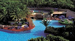 Королевская свадьба: предложение от курорта Forte Village Resort