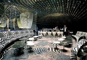 http://www.luxemag.ru/images/stories/leisure/travel/roberto_cavallidesigner_restaurants.jpg