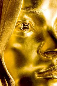 Кейт Мосс в золоте выставлена в Британском музее