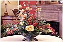 Композиции из искусственных цветов: стильный штрих в интерьере дома