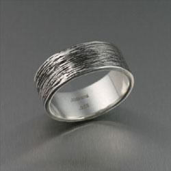обручальное кольцо в серебре