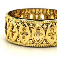 Желтое золото: достоинства и недостатки