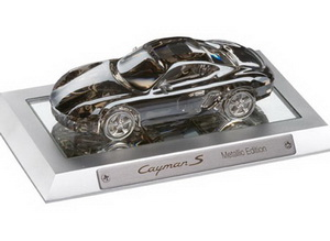 Porsche представляет Cayman S Swarovski «Metallic Edition»