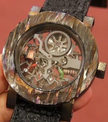 Дизайнерские часы от Ивана Арпа и компании Artya