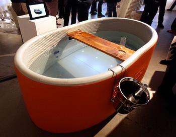 Надувная ванна от Blofield