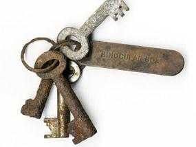 На аукционе продана связка ключей, которая могла спасти Титаник