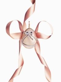 Ювелирное яйцо-подвеcка Faberge - лучшее признание в любви
