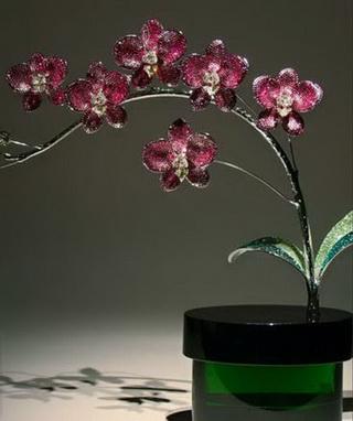 Sculptures создает цветочные скульптуры