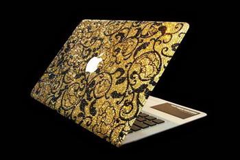 Ноутбук с бриллиантами, кристаллами Swarovski и золотой мышью