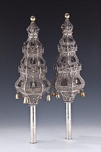 Главным лотом очередного аукциона Judaica станут серебряные римоним
