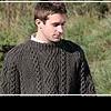 Вязаные мужские свитера: любви все возрасты покорны