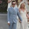 Маноло Бланик пять раз переделывал свадебные туфли для Кейт Мосс