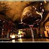 Лучшие винные бары Парижа: где выпить бокал французского вина?