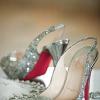 С чем носить туфли серебряного цвета: не перегружайте образ