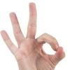 Трещины на пальцах рук: причины появления и способы лечения