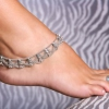 Украшения для ног – пикантные аксессуары