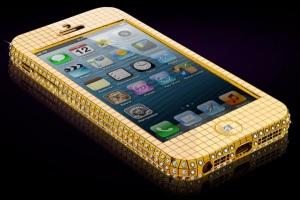 Золотые iPhone 5 от Goldgenie