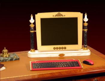 «Королевский» компьютер от Chirita