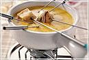 Фондюшница: интересная посуда для странного блюда