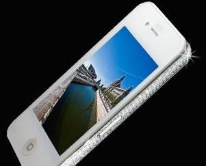 Новые драгоценные фантазии Стюарта Хьюза с iPhone 4G
