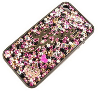 CrystalSkins «одевает» iPhone 4G в кристаллы Swarovski